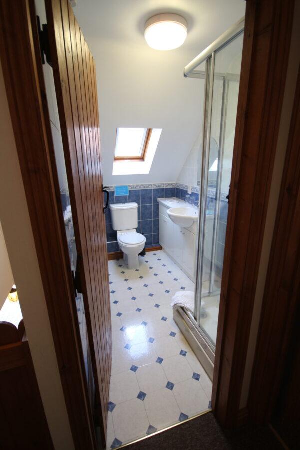 Archway Barn Bathroom