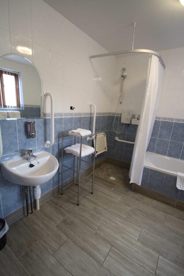 Archway Bathroom
