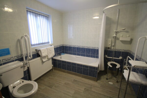 Gable Barn Bathroom