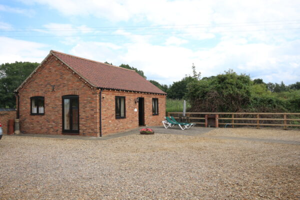 Lintel Barn Exterior