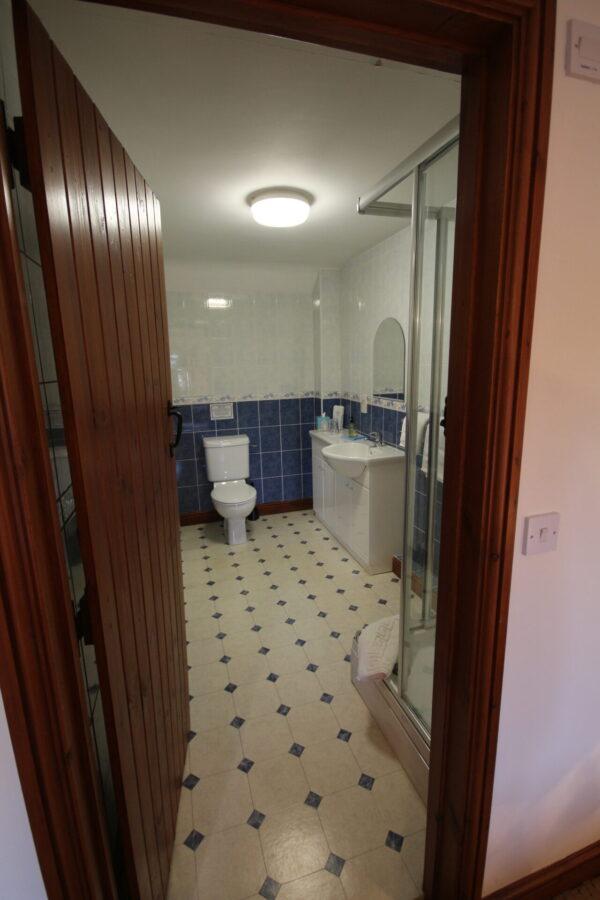Purlin Bathroom