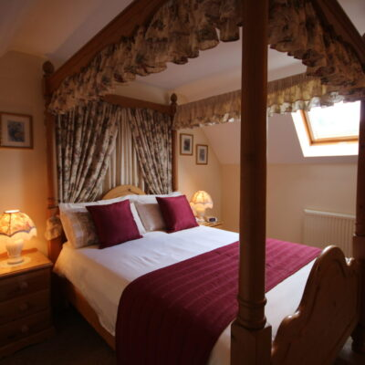Rafters Barn Four Poster Bedroom